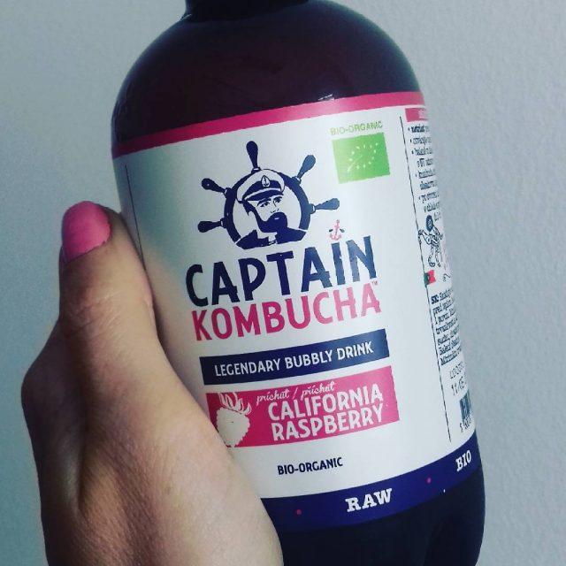 Mmmmkombucha kombucha captainkombucha drinkstagram drinks healthylifestyle fermented delicious happyfoodie happyfeelingshellip